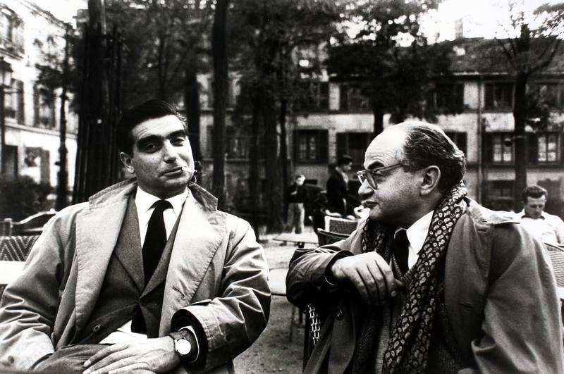 "(Fig 7) Henri Cartier-Bresson, Robert Capa and David ""Chim"" Seymour discussing Magnum business, 1950, stampa alla gelatina, sali d'argento, cm 18.0x26.7; 26.8x30.4 - Courtesy: Photographica FineArt Gallery"
