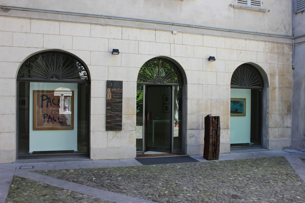 15) Ingresso Galleria 2000&NOVECENTO