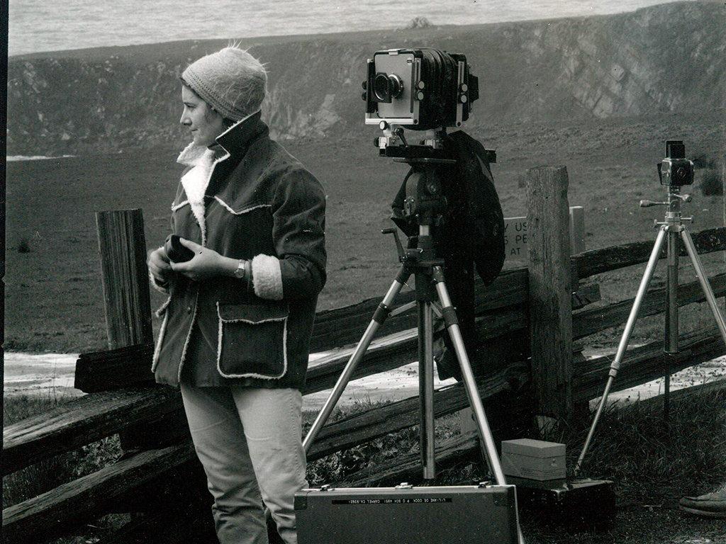 6) Liliane DeCock Morgan con l' Arca Swiss camera, 1968 circa