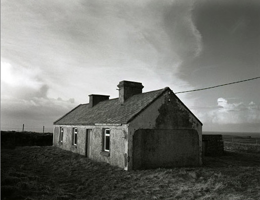 Amelia Stein, Big Sky –  House by the Cliff