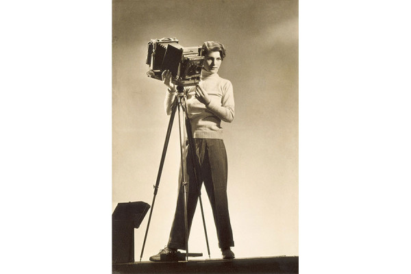 Margaret Bourke-White, Self-portrait with camera, 1933