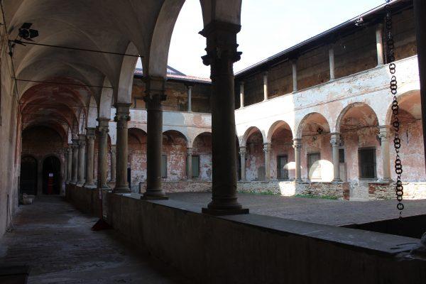 Ex-Monastero del Carmine, chiostro.