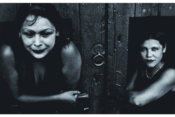 Prostitute. Calle Cuauhtemoctzin, Città del Messico, Messico 1934 © Henri Cartier-Bresson/ MAGNUM PHOTOS