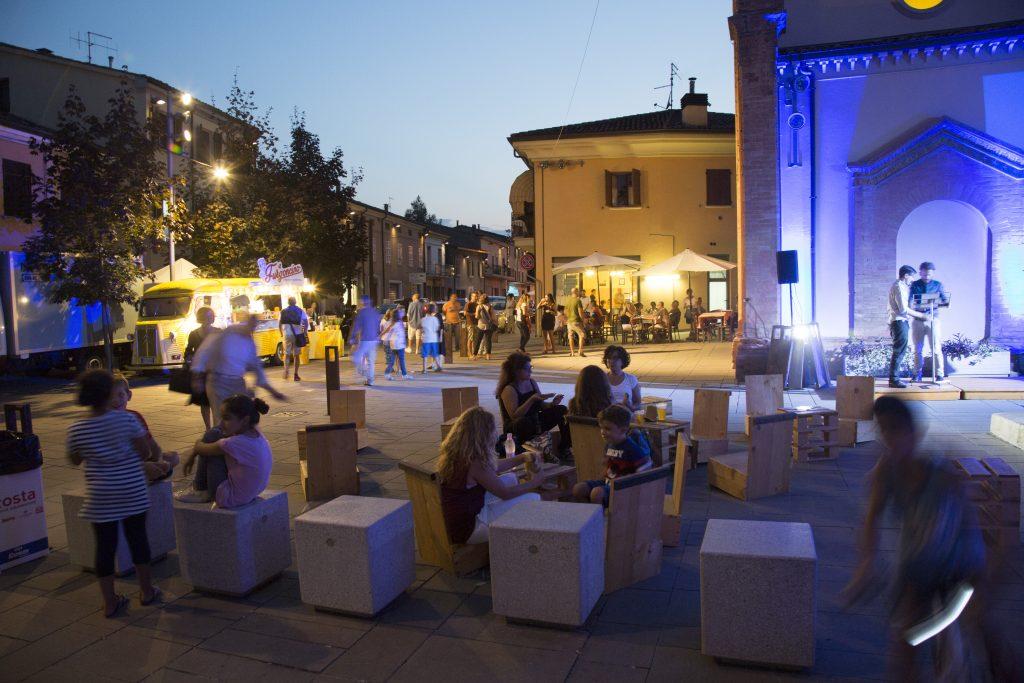 SiFest OFF, Piazza dell' asilo, foto di Elisa Bertocchi, 2016