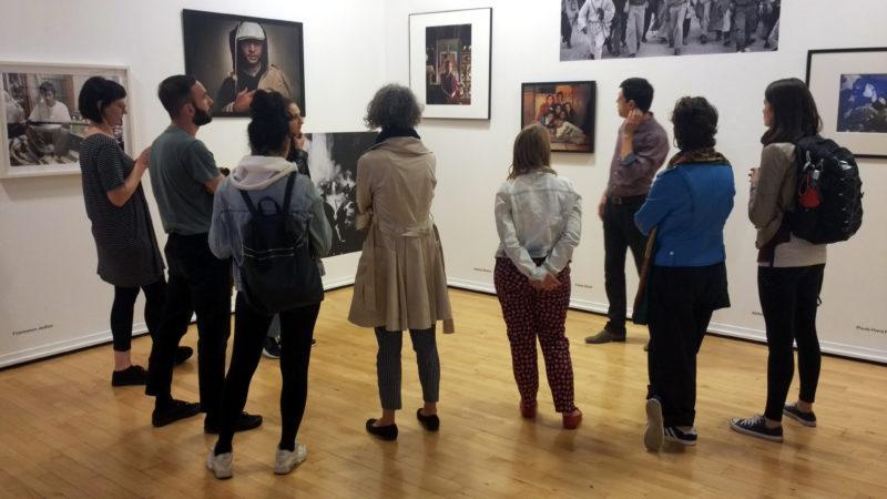 """Classe ICON durante la visita guidata alla mostra """"A cosa serve l'Utopia"""", Galleria Civica, Modena"""